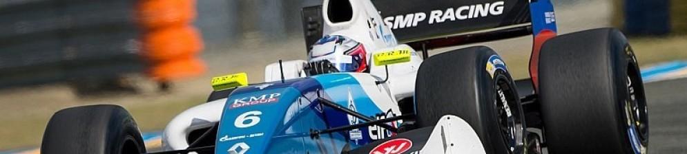 Егор Оруджев на чемпионате «Формула Renault-2015»