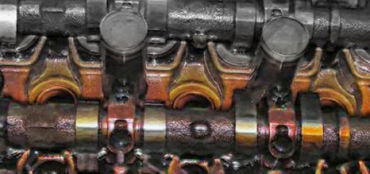 Масло в разобранном двигателе