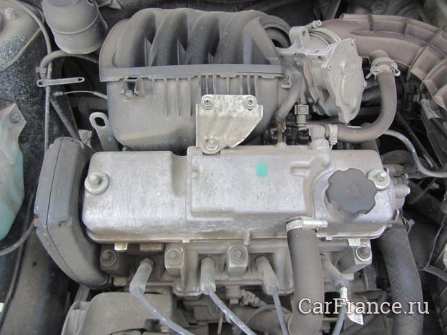 Двигатель Лада Гранта 21116 грязный