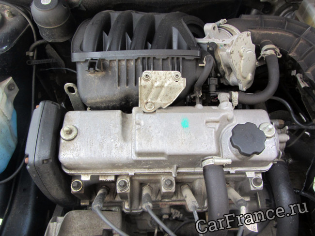 Внешний вид двигателя 21116 Лада Гранта