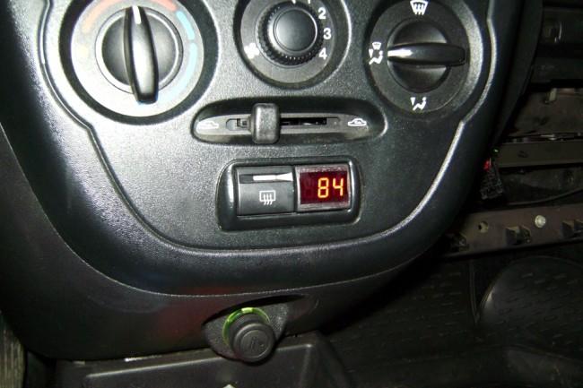 Индикатор температуры двигателя Лада Гранта в работе