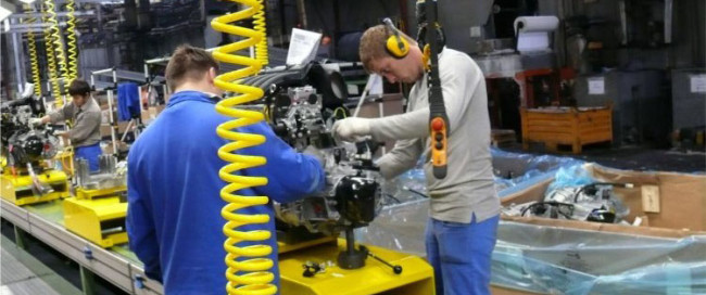 Сборочный цех АвтоВаз двигатель