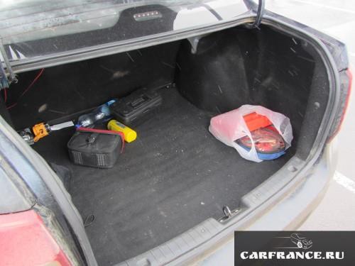 Багажник Лада Гранта седан с другого ракурса
