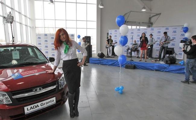 На презентации Лада Гранта в салона СаранскМоторос+