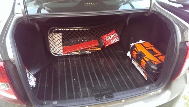Несколько сеток в багажник Лада Гранта