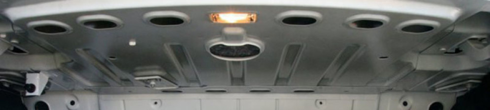 Кузов в месте багажника Рено Логан должен быть оцинкован