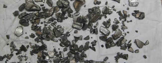 Разрушение поршня в результате обрыва ремня ГРМ