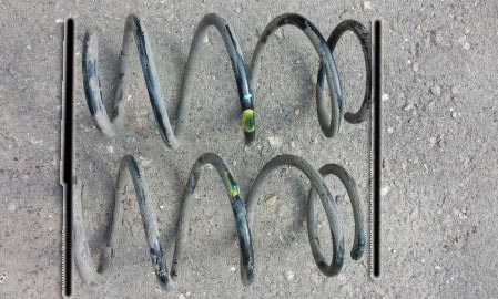 Разный износ пружин амортизаторов Рено Логан