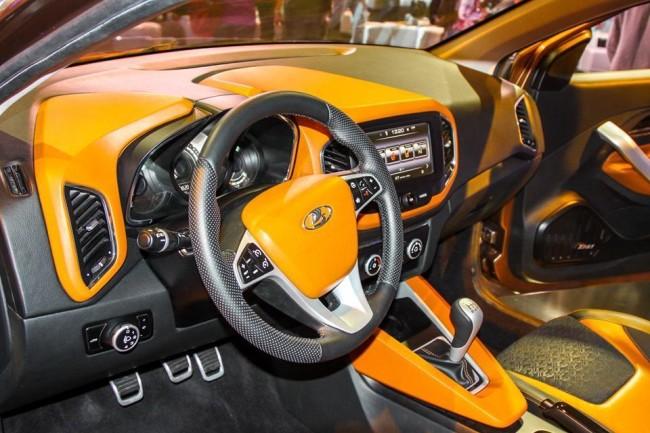 Renault JHQ в кроссовере X-Ray