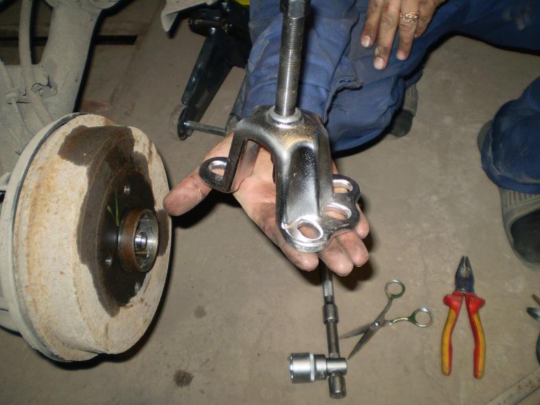 Съемник для тормозных барабанов своими руками