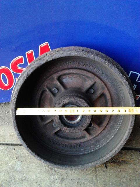 Измеряем внутренний диаметр барабана с помощью линейки или штангенциркуля.