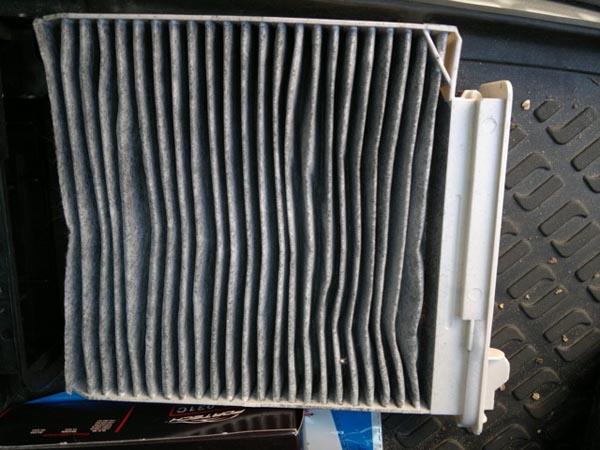 Угольный салонный фильтр на Рено Дастер Fs-031