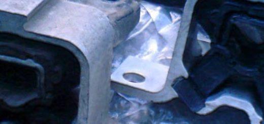 Источник стука в передней подвеске Рено Логан