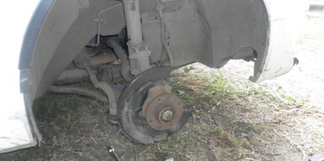 Тормозной диск Рено Логан вблизи