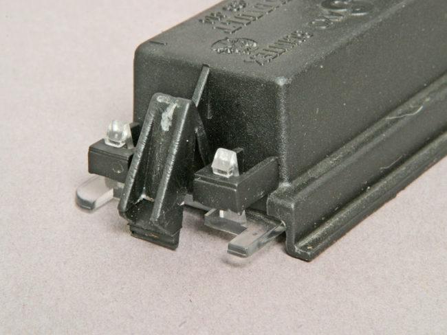 lampa v sbore 650x488 - Фонарь освещения номерного знака рено логан