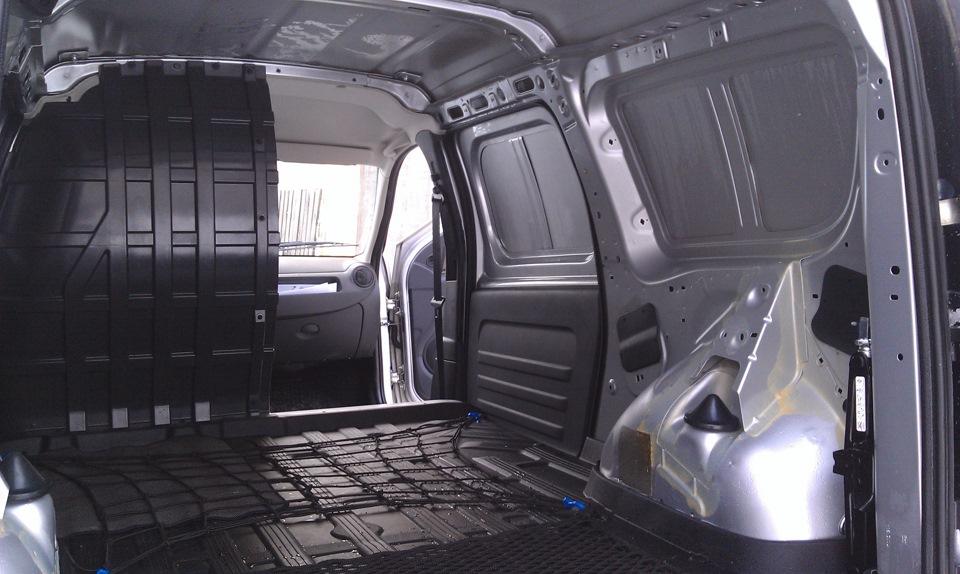 Размер багажника лада ларгус. Салон Лада Ларгус Кросс фото, багажник Lada Largus Cross, вместимость, объем багажника