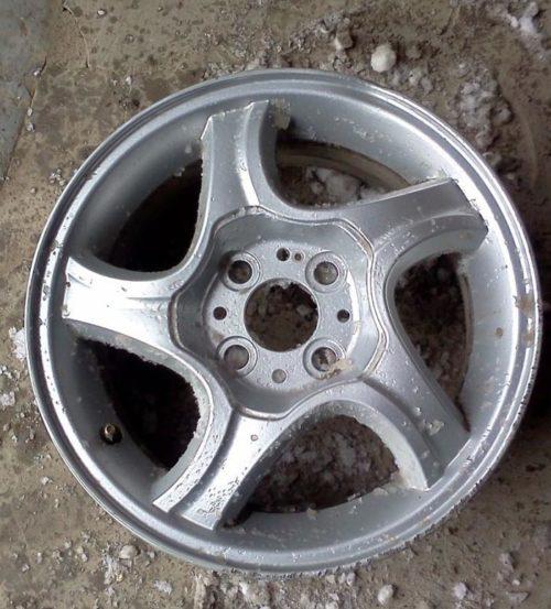 14-радиус колёсный диск Лада Калина