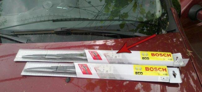 Бескаркасные дворники Bosch на Рено Дастер серия ECO