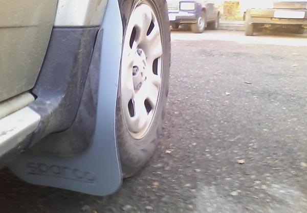 Брызговики СПАРКО на передние колёса Рено Дастер
