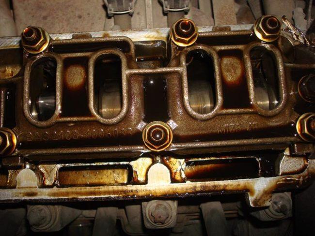 8-ми клапанный двигатель Лада Калина без крышки