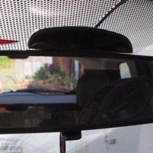 Индикатор парктроника на зеркале заднего вида