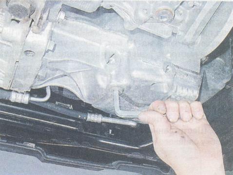 Пробка проверки уровня масла в МКПП на Рено Дастер