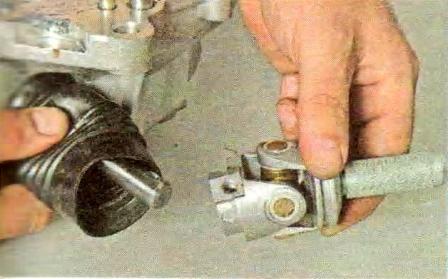 Разборка переключателя передач КПП