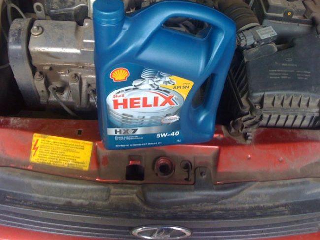Моторное масло Shell Helix 5w-40 в 8-ми клапанный двигатель Лада Калина