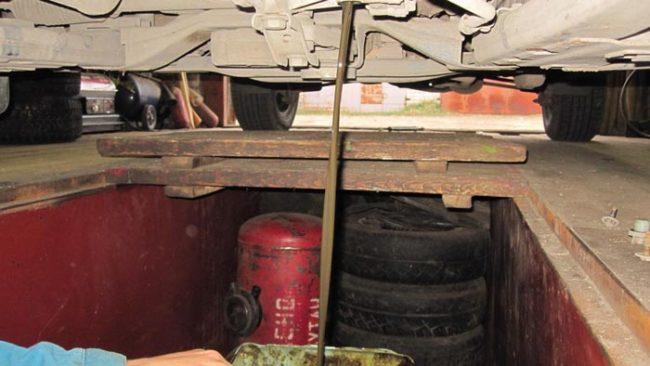 Сливается масло из раздатки Рено Дастер