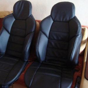 Чехлы Dinas на передних сидениях Рено Дастер