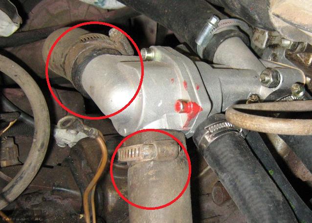 Хомуты на термостате автомобиля ВАЗ -2112