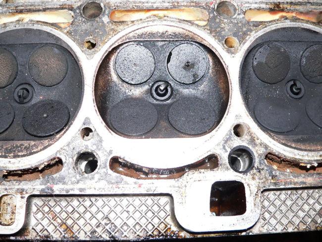 Прогоревший клапан ВАЗ 2112