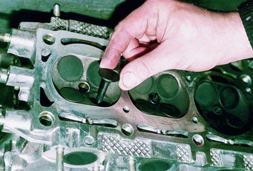 Демонтаж клапанов с ГБЦ ВАЗ 2112