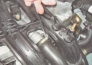 Трубка вентиляции картерных газов ВАЗ 2112