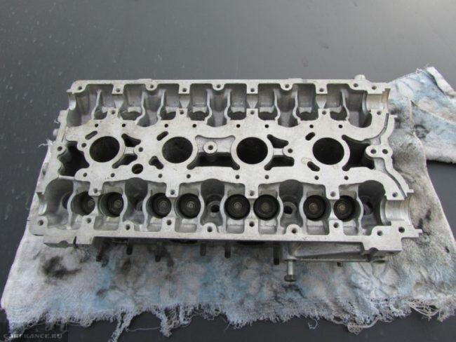 Головка блока цилиндров на ВАЗ-2112