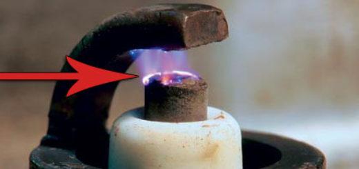 Искра на свечи зажигания ВАЗ-2112