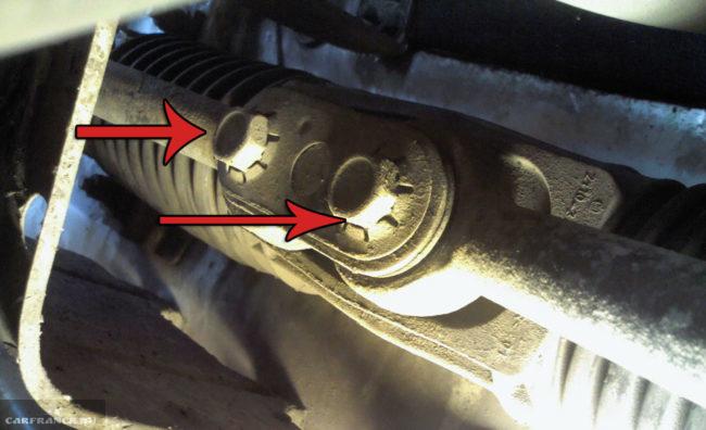 Крепления элементов рулевой рейки на ВАЗ-2112