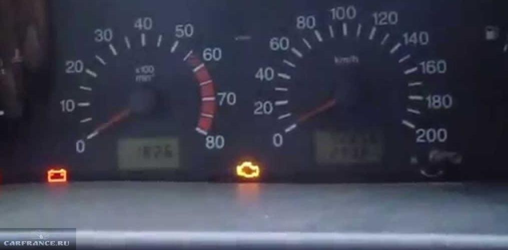 Машина передергивается и загорается чек ваз 21124