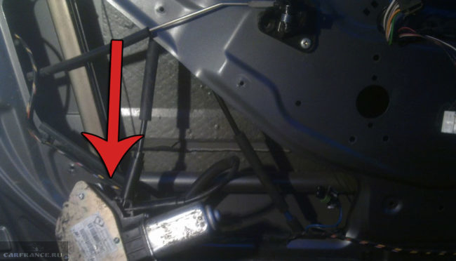 Проверка работы моторчика стеклоподъёмника Лада Калина