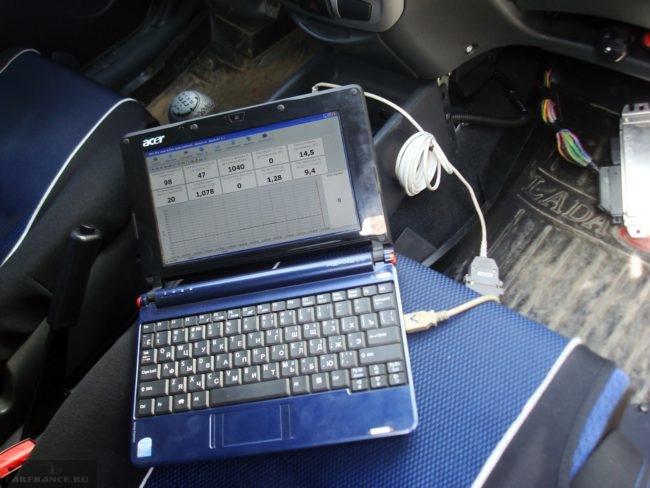 Ноутбук подключенный к Калине
