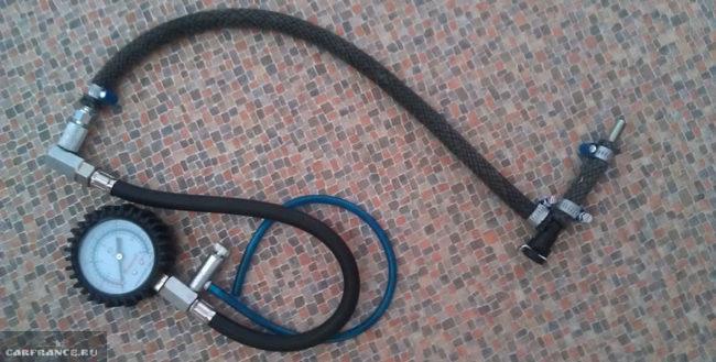 Использование шинного манометра для замера давления в топливной рампе ВАЗ-2112