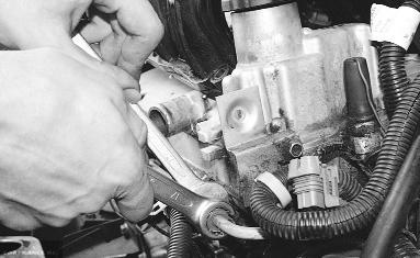 Гайка топливной трубки ВАЗ-2112