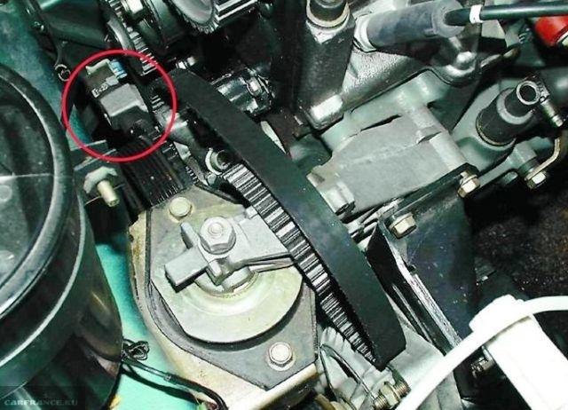 Расположение датчика коленчатого вала ВАЗ-2112