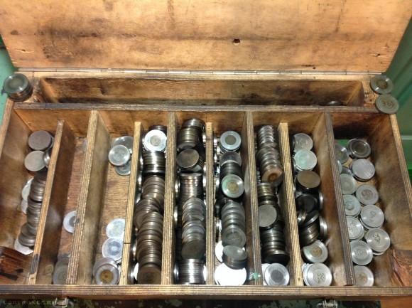 Шайбы для регулировки клапанов в коробке