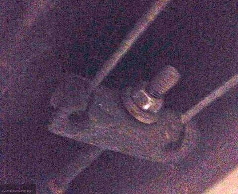 Регулировочная гайка ручного тормоза на ВАЗ-2112