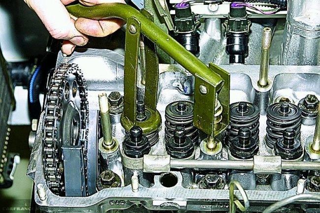 Демонтируем сухари ВАЗ 2112