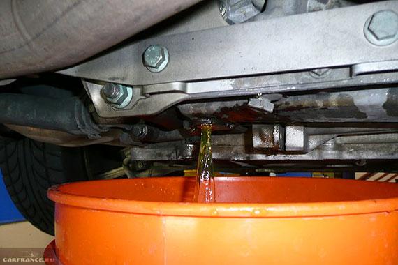 Слив ОЖ с двигателя ВАЗ-2112