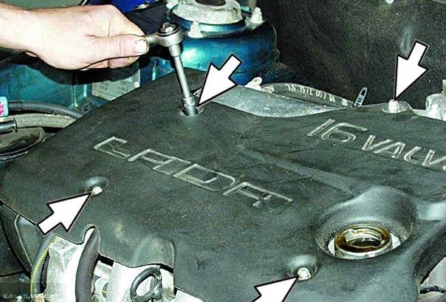 Крышка двигателя ВАЗ-2112 и расположение крепящих болтов