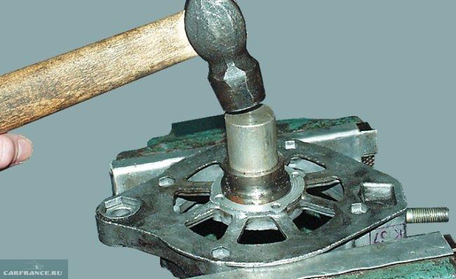 Демонтаж подшипника генератора ВАЗ-2112