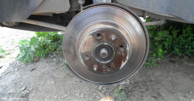 Тормозной диск ВАЗ-2112 без суппорта и колодок